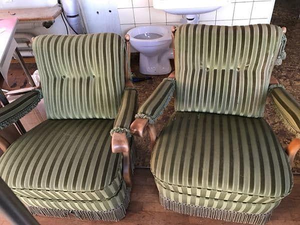 2 antike Sessel in Wolfwil kaufen bei ricardo.ch | Antike sessel .