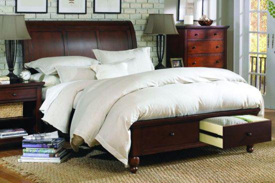 Mancini's Sleepworld - Aspen Home Cambridge Sleigh Bed with Stora