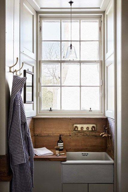 Butler Sink - Ideen für Badezimmer - kleine und große Schränke .