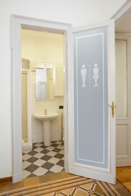 So wählen Sie Ihre Badezimmertüren aus | Tür mit glas, Glas .