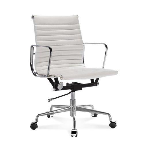 Halbhoher EA Bürostuhl mit geripptem, weißem Leder - moDecor .