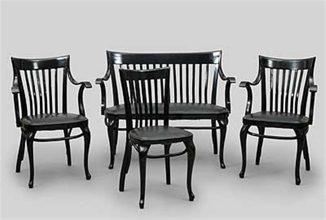 Sitzbank und vier Stühle design for Café Capua by Adolf Loos on artn