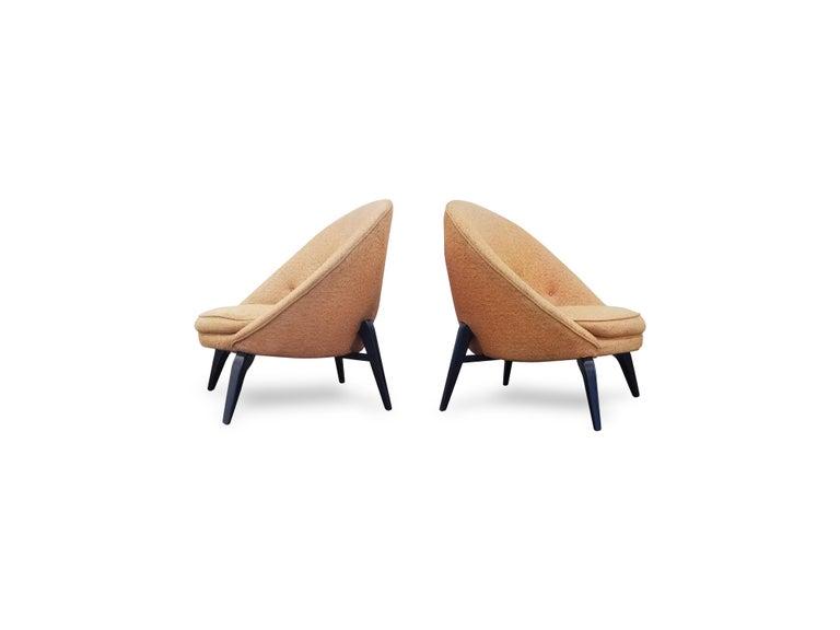 Paar Spinnenbein Loungesessel im Stil von Jean Royère im Angebot .