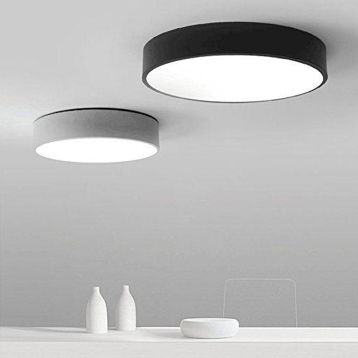 Moderne minimalistische LED-Deckenleuchten runden das Schlafzimmer .