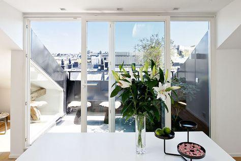 Dachterrasse gestalten – Ideen für Dachloggia im Schrägdach .