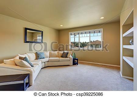 Gemütliches wohnzimmer mit grossem beige ecksofaset. nordwest, us