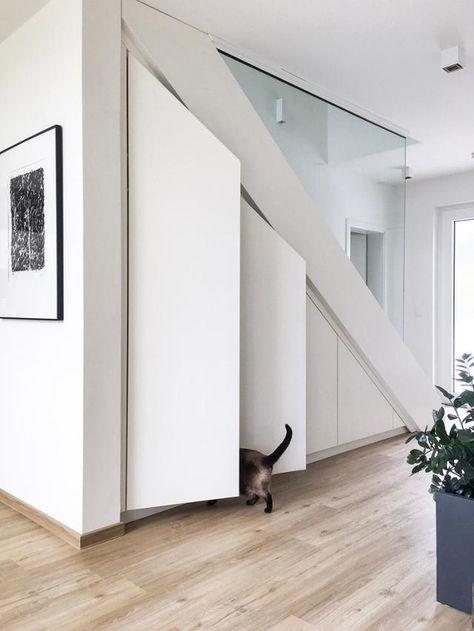 Unser #einbauschrank unter der Treppe schafft optima... in 2020 .