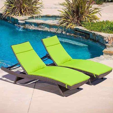 7 Erschwingliche Pool-Möbel, die für Sie geeignet sein können .