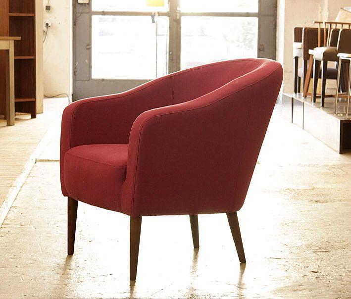 Ein kleiner Sessel mit dem Flair französischer Künstlercafes. Ab .