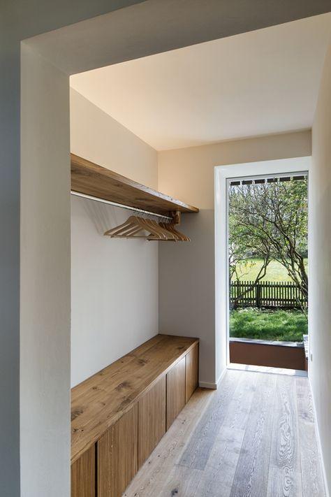 Garderoben idee | Kleine flure, Wohnung, Moderner eingangsberei