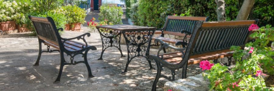 Gartenmöbel aus Metall - nostalgisch, antik, pulverbeschichtet .