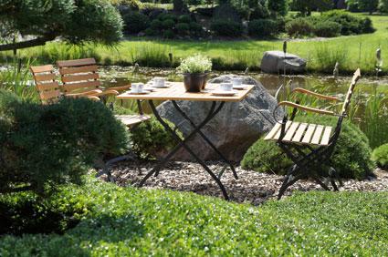 Gartenmöbel aus Holz und Metall erfüllen höchste .