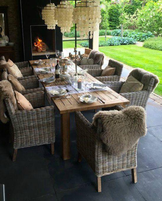 Meistens) Gartenstühle aus Holz & Holztisch, #gartenmobel .