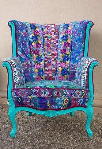 Pin von Ramona Teupert auf Möbel | Boho dekor, Ohrensessel bunt .