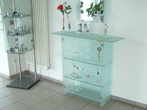 Glasmöbel › Heinrich Niggemann GmbH + Co.