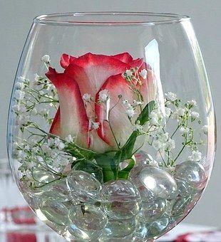 Glastische | Flower decorations, Flower arrangements, Flower .