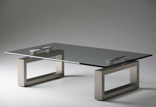Glastische bringen Modernität in den Raum | Dekoration .