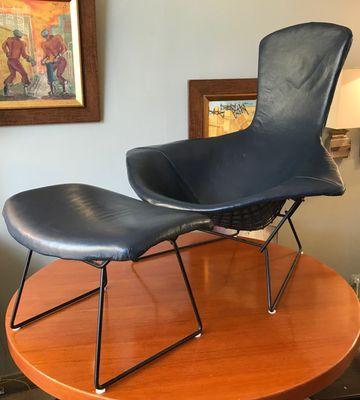 Die Herstellung des großen Stuhls mit Ottomane | Ottomane, Stühle .