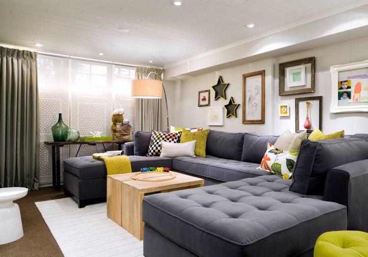 Kleines Wohnzimmer, großes Sofa – So inszenieren Sie die Couch .