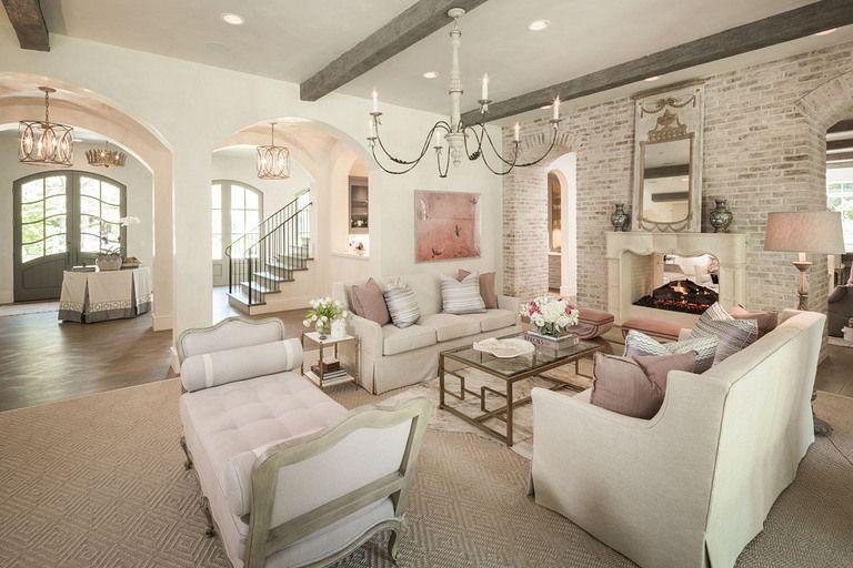 61 stunning Interior design photos. Lots of decorating inspiration .