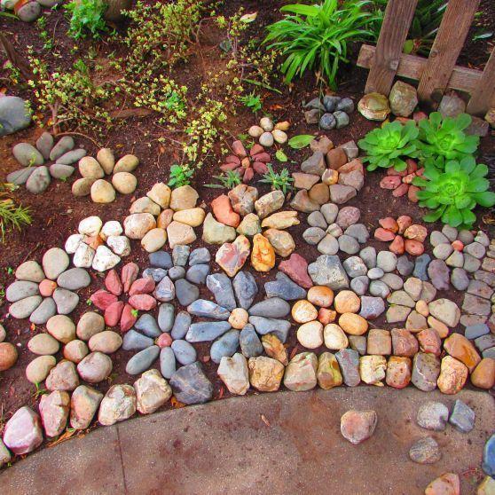 Steingarten-Ideen für die Landschaftsgestaltung machen glücklich .