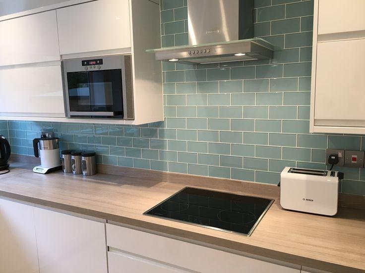 Weiße Küche, Spritzschutz Ideen #ideen #kuche .