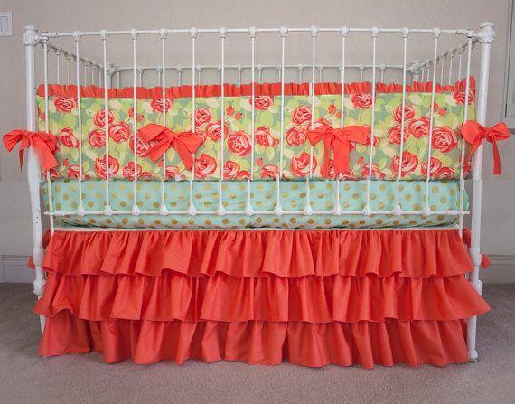 Babybett Krippe Kinderbett Bettwäsche - Tumble Roses Floral Coral .