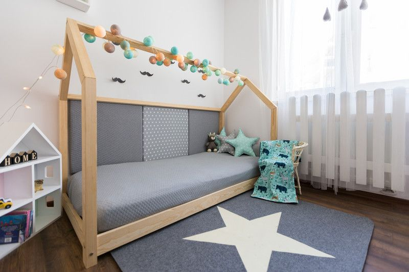 Kinderbett / Hausbett 80x180cm + 3 Paneele - große   Living room .