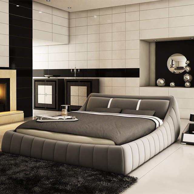 Modern Soft Bed bedroom fruniture leather soft 1.8 kingsize bed .