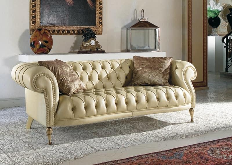 Gesteppt klassisches Sofa für Wohnzimmer | IDFdesi