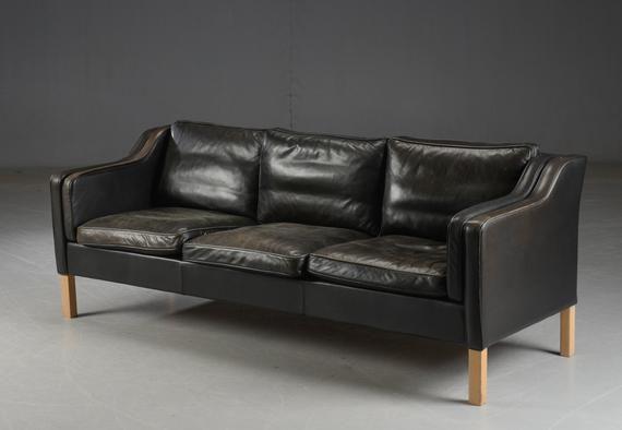 Vintage ausgeblichen schwarzes 3-Sitzer Ledersofa von Mogens .