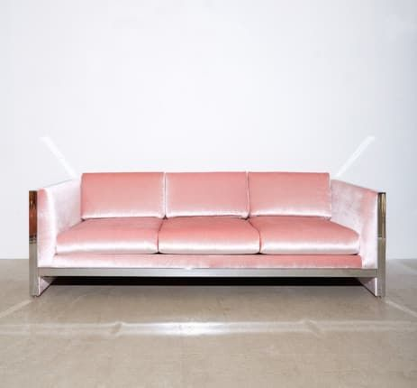When Two Trends Collide: 9 Beautiful Pink Velvet Sofas | Wohnung .