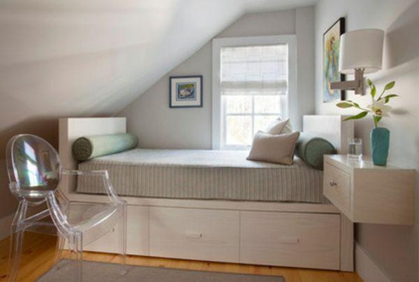7 Hinweise, wie das kleine Schlafzimmer größer aussehen kann .