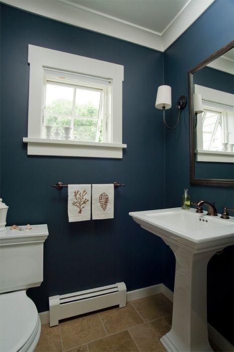 Hellblaues Badezimmer, das Ideen verziert #deko #badewanne .