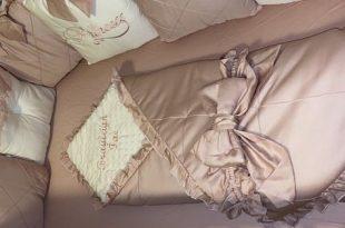 Krippe Bettwäsche Set für Mädchen, Baby Stoßstange und Krippe Set .