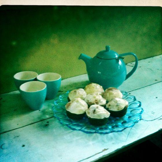 Kaffee trinken und Kuchen essen- c'est parfait | Kaffee und kuchen .