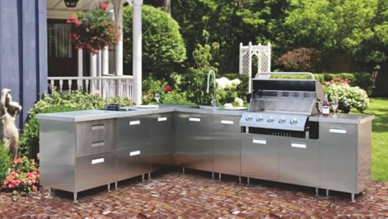 Küchenschrank aus Metall