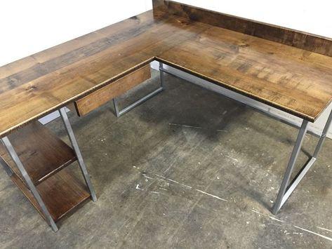 L-förmiger Schreibtisch / Schreibtisch / Computertisch .