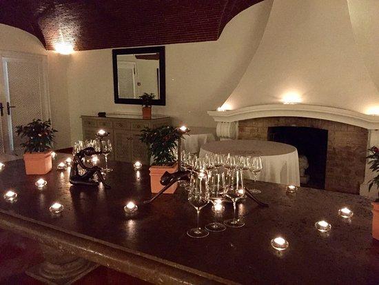 Der wunderschöne Marmortisch - Picture of Vila Joya - Home .