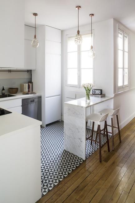 Moderne Küchenfliesen, Backsplash-Ideen, Wand- und Bodengestaltung .
