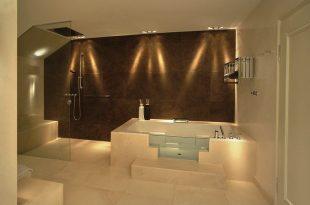 Badezimmerbeleuchtung | Badbeleuchtung, Badezimmerbeleuchtung .