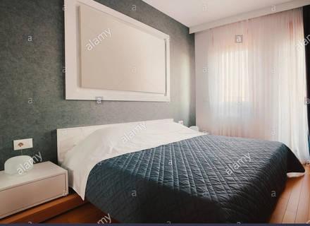 Innere Des Kleinen Hotels Oder Zu Hause Schlafzimmer Moderne Möbel .