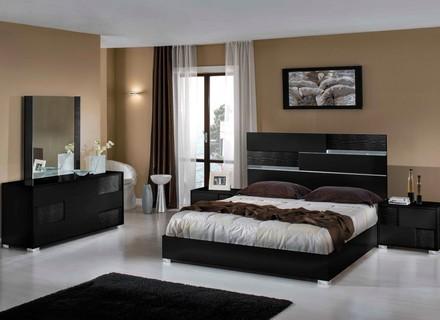 Moderne Schlafzimmer Möbel-Sets Schwarz Bearpath Acres Dekor .