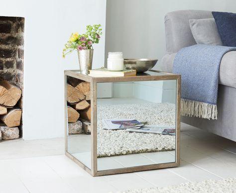 Gespiegelt Nachttisch | Nachttisch design, Retro wohnzimmer und .