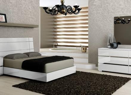 Ashley Demarlos Pergament Weiß König Schlafzimmer Set - Catcome