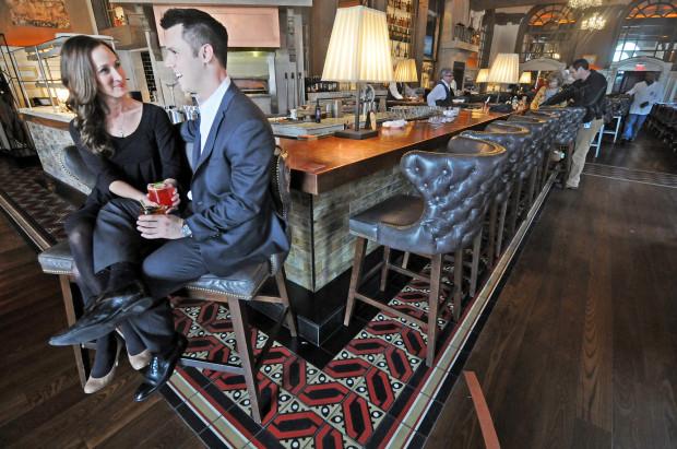 Restaurants show patrons some love – Boston Hera