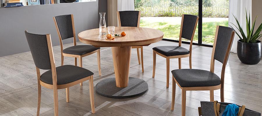 Tisch 5389 und Stuhl 154 - Sitzmöbel aus Hülse