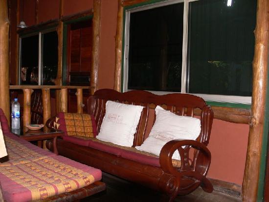 rustikale Möbel - Picture of Sukhothai Guest House - TripAdvis