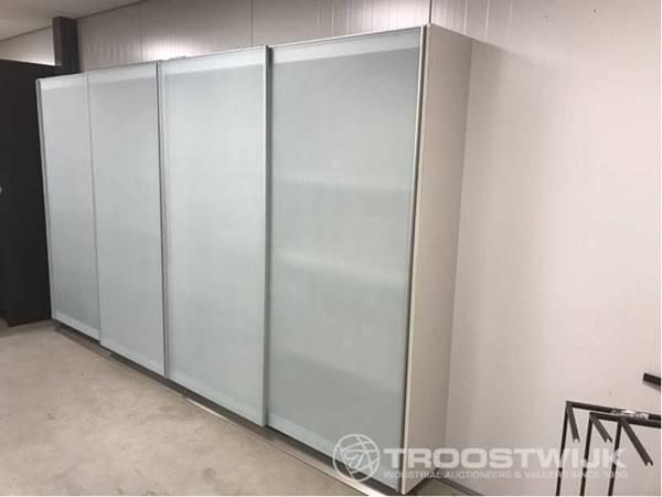 sliding door wardrobes - Troostwi