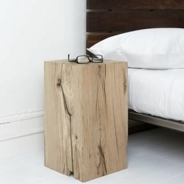 Beistelltisch aus Holzblock oder Baumstumpf-tolle Interieurergänzu